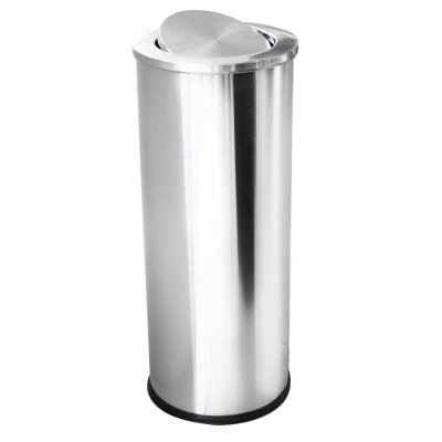 Характеристика: метален INOX, с люлеещ капак  Размери: диаметър 25 см. височина 61 см. Предлага се и в черен цвят с иноксов капак – код 8514