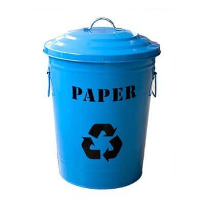 Характеристика: метален кош с две дръжки и капак с дръжка, син. С надпис PAPER - за събиране на хартиени отпадъци. Обем 49 л. Предлага се и с обем 24,5 л - код 8543