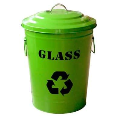 Характеристика: метален кош с две дръжки и капак с дръжка, зелен. С надпис GLASS - за събиране на стъклени отпадъци. Обем 49 л. Предлага се и с обем 24,5 л - код 8545